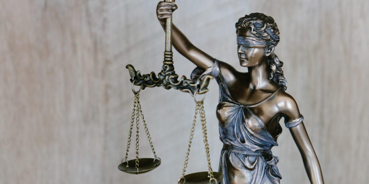 https://www.louisdavidbenyayer.com/wp-content/uploads/2021/05/tingey-injury-law-firm-DZpc4UY8ZtY-unsplash-1280x640.jpg